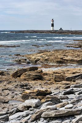 inisheer lighthouse